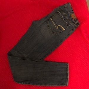 VGUC American Eagle skinny jeans